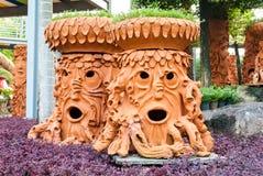 Assomigliare artificiale del vaso dell'albero a viso umano Fotografie Stock Libere da Diritti