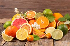 Assorted citrus fruit Royalty Free Stock Images