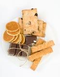 Assortiment de biscuits sur le plat fabriqué à la main photo libre de droits