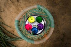 Assortiment de différentes couleurs de peinture Photographie stock libre de droits