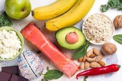 Assortiment de la nourriture - sources naturelles de dopamine photographie stock