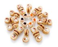 Assortiment de sushi d'isolement sur le fond blanc Images stock