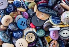 Assortiment des boutons colorés Photos stock