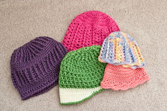 Assortiment des chapeaux à crochet photo stock
