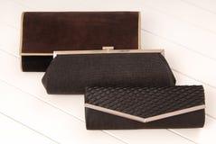 Assortiment des clutchs, sacs à main noirs d'élégance Photo libre de droits