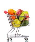 Assortiment des fruits exotiques dans le caddie Image stock