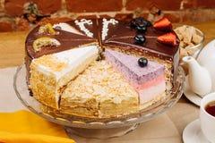 Assortiment des morceaux de gâteau Images stock