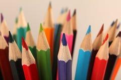 assortiment van kleurenpotloden Selectieve nadruk Stock Foto's