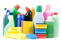 Assortiment van middelen voor geïsoleerd schoonmaken stock afbeelding