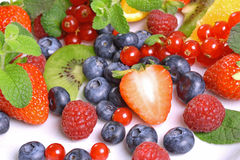 Assortimento dei frutti e delle bacche Immagine Stock