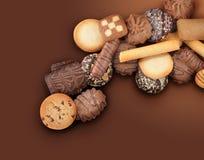 Assortimento del biscotto sulla priorità bassa del Brown Immagine Stock Libera da Diritti