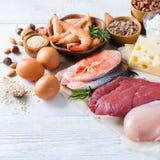 Assortimento della fonte sana della proteina e dell'alimento del body building Fotografie Stock