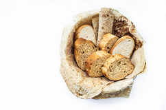 Assortimento della merce nel carrello del pane, Immagini Stock