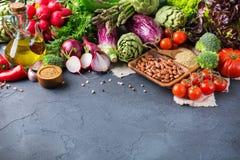 Assortimento delle verdure organiche fresche dell'agricoltore Fotografia Stock