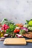 Assortimento delle verdure organiche fresche dell'agricoltore Immagini Stock Libere da Diritti