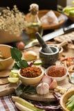 Assortimento di alimento tailandese che cucina gli ingredienti Aromatizza gli ingredienti fotografie stock