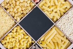 Assortimento e lavagna della pasta per testo Immagine Stock Libera da Diritti