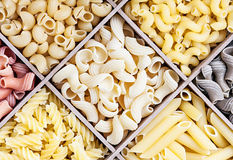 Assortimento italiano della pasta di differente Fotografia Stock