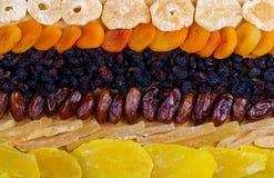 Assortimento secco di frutti su fondo di legno Vista superiore Fotografia Stock Libera da Diritti