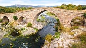 Assos古老无背长椅桥梁  免版税库存照片