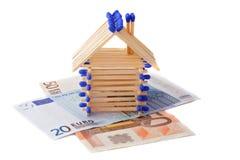 Allumettes de maison photos stock inscription gratuite for Assurance pendant construction maison