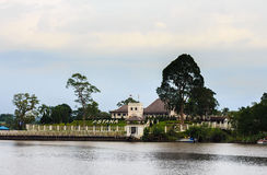 Astaná es un palacio viejo en Kuching. Imagenes de archivo