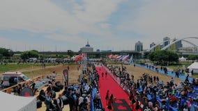 Astana_Kazahstan_-_June_17_2018_Ironman 70 30 slutet av det långa hårda avståndet på internationell triathlonkonkurrens arkivfilmer