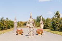 Astana, Kazakhstan - 6 septembre 2016 : Sculpture du Kazak trois Images libres de droits