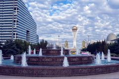 Astana miasto, Kazachstan, 22 august 2018, centrum miasto, niebo zdjęcia stock
