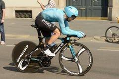 Astana Zespala się konkurenta przy wysoką prędkością przy Giro 2017, Mediolan Obrazy Royalty Free