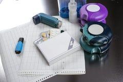 Asthma, allergie, Krankheitsentlastungskonzept, salbutamol Inhalatoren Stockfotografie