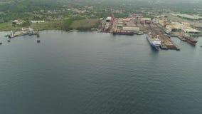 Astillero con la grúa, Batangas, Filipinas, Luzón metrajes