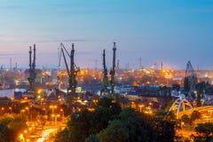 Astillero de Gdansk en la noche Imágenes de archivo libres de regalías