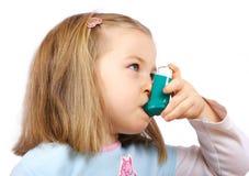 astmatic flicka Arkivfoton