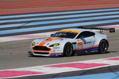 Aston Martin günstig durch die Linien Lizenzfreie Stockbilder