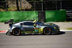 Aston Martin Racing V8 fördelGTE testar på Monza Arkivfoto