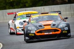 Aston Martin-Rennwagen Lizenzfreies Stockbild