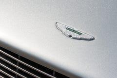 Aston Martin-voertuigkenteken Royalty-vrije Stock Foto's