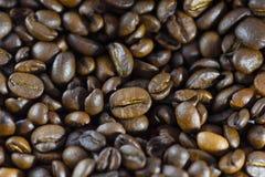 Astract Hintergrund Gebratener Kaffeebohnehintergrund lizenzfreie stockbilder