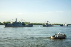 ASTRAKAN, RUSLAND 28 JULI 2018: De oorlogsschepen van de Kaspische Vloot stock foto's