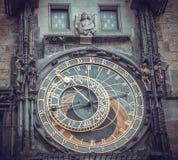 Astrologie und esotericism Alte astronomische Uhr in Prag Lizenzfreie Stockbilder