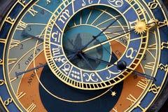 Astrologisk klocka, gammal stadfyrkant, Prague Arkivfoton