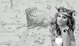 astrology Mulher Aries Zodiac Sign imagens de stock