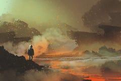 Astronaut, der in verlassenem Planeten mit vulkanischer Landschaft steht Stockfotografie