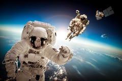 Astronaut im Weltraum Lizenzfreie Stockfotos