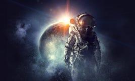 Astronaut in kosmische ruimte Gemengde media royalty-vrije stock foto's