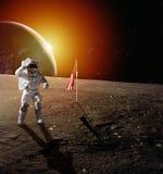 Astronaut op maan stock foto