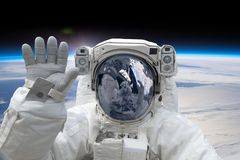 Astronaut på spacewalken Arkivfoton