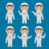 Astronauta Indicates e mostras Imagem de Stock Royalty Free
