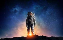 Astronauta no espaço Meios mistos Meios mistos imagens de stock royalty free